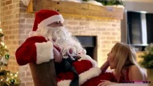 MomsTeachSex – Nikole Nash And Silvia Saige – Sitting On Santas Lap